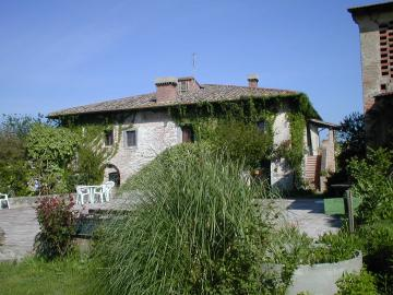 Farm holiday Agriturismo Poggio Ai Grilli Gambassi Terme  Farm holiday Agriturismo Poggio Ai Grilli Tuscany